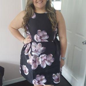 Gorgeous Forever 21 Plus Size Floral Dress